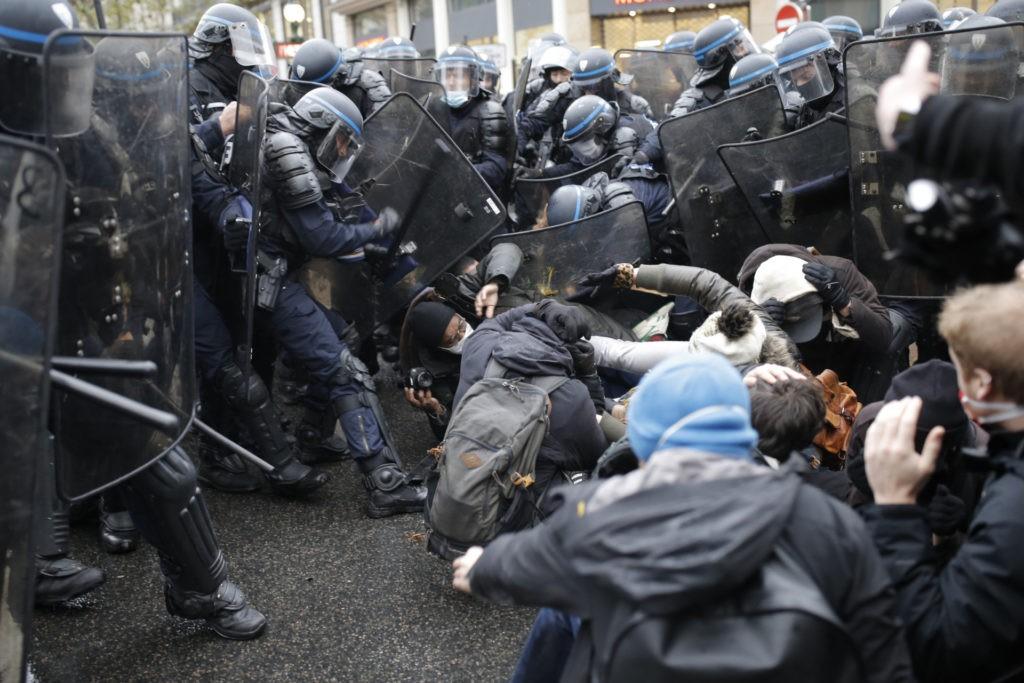 Paris demonstrationer 12 dec 2020